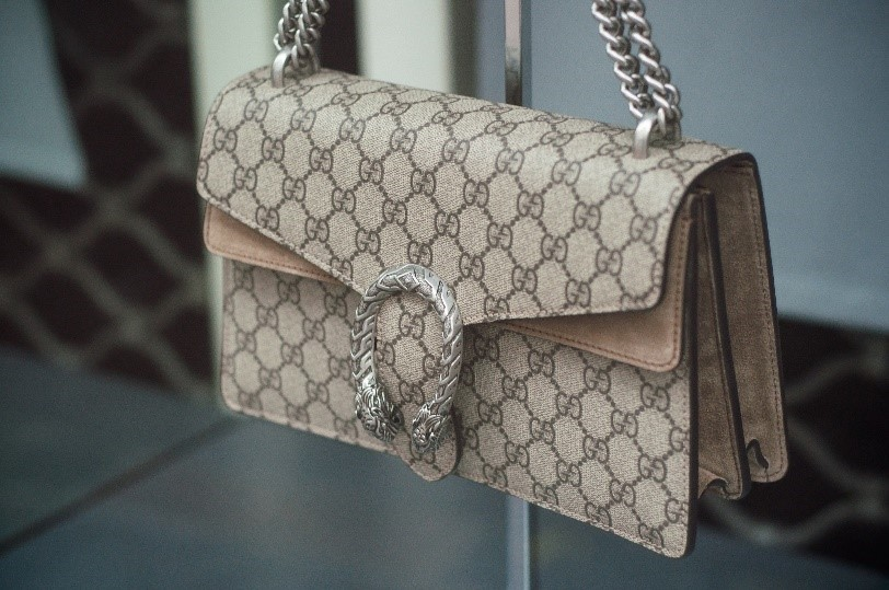 gucci bags buyers