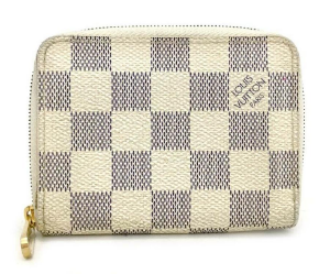 louis vuitton wallet being sold